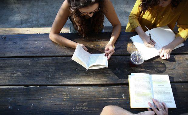 Estudio bíblico de mujeres